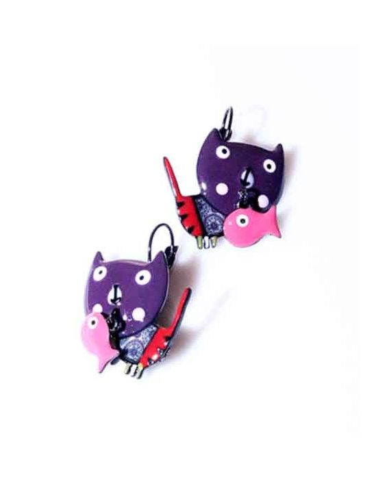 ARTICLES DE PARIS - 'CAT HEAD' EARRINGS - PURPLE